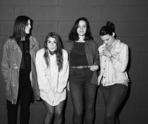 Teen share new video for Circus