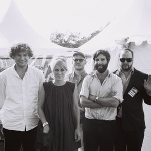 Shout Out Louds share Prins Thomas Diskomiks, start tour today