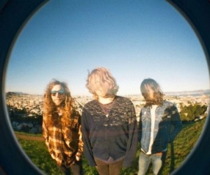 Fuzz announce debut album on 'In The Red' out 10/1, 'loose Sutres' now streaming, new tour dates also announced