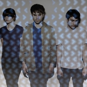 """Factory Floor Stream """"Turn It Up,"""" Debut Record Out 9/10 on DFA. Announce European tour dates."""