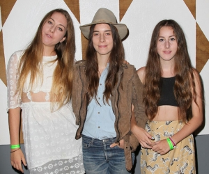"HAIM To Release Debut ""Days Are Gone"" On September 30 via Columbia Records"