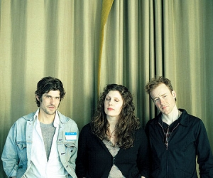 """Low covers Rhianna & Mykki Echo's """"Stay"""" for Rock For Kids. Low will tour North America and Europe Oct through November"""