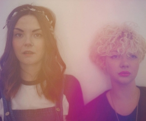 """Honeyblood    Scottish Duo's New Lo-Fi Punky Track, Debut 7"""" Out Now (FatCat)"""