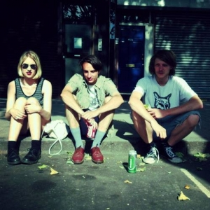"""Slowcoaches To Release """"Thinkers"""" On Feb 13 on Icecapades Records. Slowcoaches will play their album release Saturday November 30th in Dalston, England."""