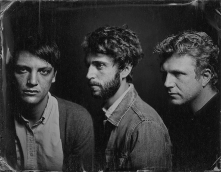 GROOMS PREMIERE TITLE TRACK FROM NEW LP COMB THE FEELINGS THROUGH YOUR HAIR OUT
