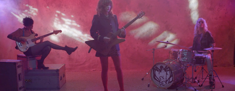 "Ex Hex Share ""Don't Wanna Lose"" music video, the single come off their latest album 'Rips'"