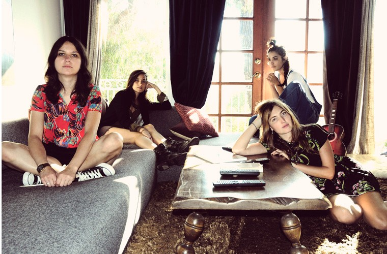 Interview With Stella Mozgawa From Warpaint.
