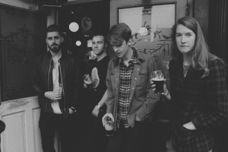 """Dublin band 'Tandem Felix' share their new track """"Nothing I Ever Do, Will Be Good Enough,"""""""
