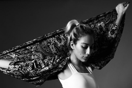 Tei Shi announces details of her forthcoming EP 'Verde,' out April 4th,