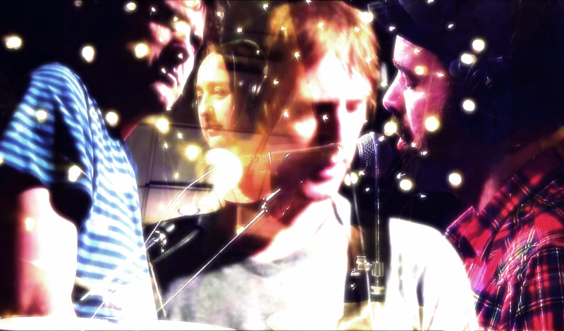 "Swervedriver shares new video for the track ""I wonder,"" off their album ""I wasn't born to lose.'"