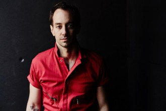 "Albert Hammond Jr. Shares new song ""Losing Touch"" from his forthcoming full-length release 'Momentary Masters.'"