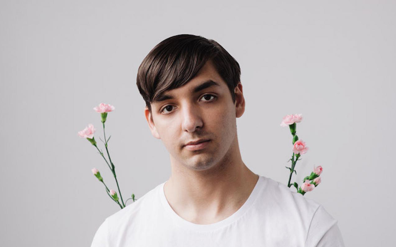 "Skylar Spence shares new track ""Affairs"" from his latest release 'Prom King'"