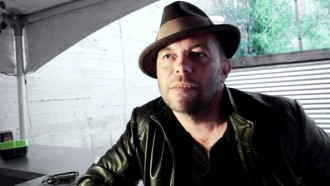 Mark Gardener from Ride talks about the new LP he and Cocteau Twins' Robin Guthrie recently made, 'Universal Road.'