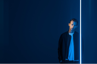 """Flume shares Remix of Collarbones' """"Turning."""" 'Some Minds' album featuring Andrew Wyatt is now out on Mom + Pop."""