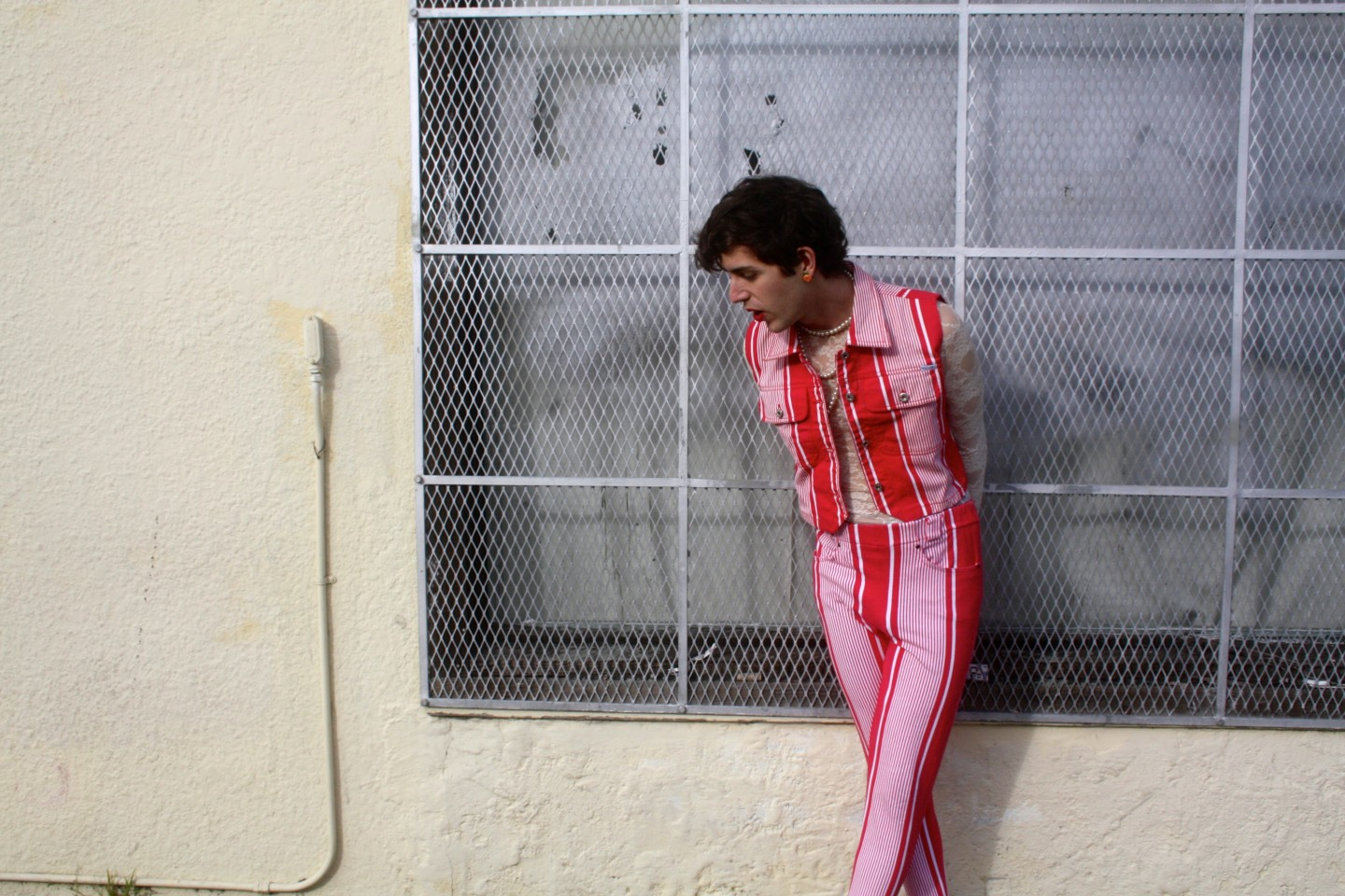 """Ezra Furman shares his new video for """"Lousy Connection"""", the track comes from his latest release 'Perpetual Motion People'"""