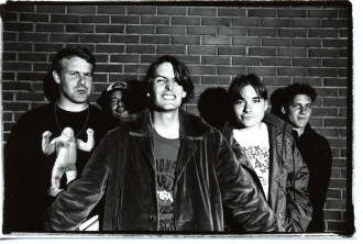 Pavement streams 'The Secret History, Vol 1', the release includes unreleased material from their 'Slanted & Enchanted' era.