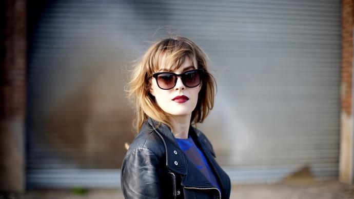 """Gwenno Premieres Video For """"Patriarchaeth"""" from her album ' Y Dydd Olaf'"""