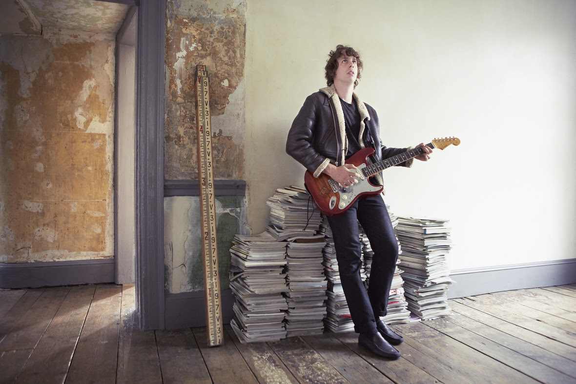 Johnny Borrell & Zazou have announced a new live show for later this month at London's Passing Clouds.