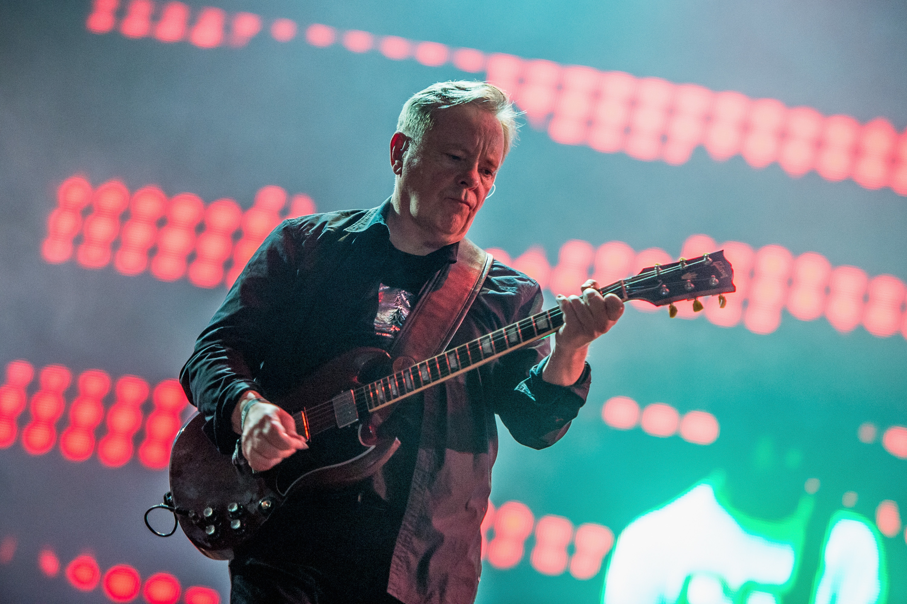 "New Order Announces ""Restless"" Remixes, New order's new full-length album 'Music Complete' comes Out on September 25th"