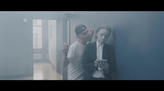 """Autre Ne Veut's """"Age of Transparency"""" Video"""