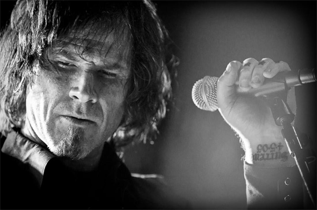 Sub Pop Records announce the release of Mark Lanegan 5xLP box set 'One Way Street'