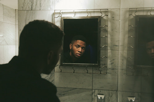 "Today, singer/songwriter Gallant releases the music video for ""Weight in Gold."""