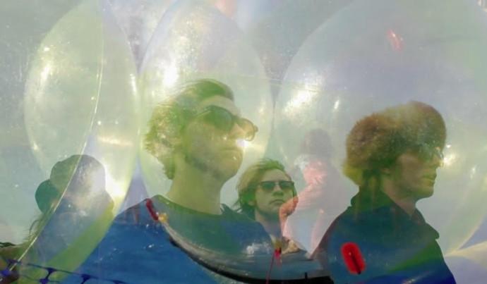 "Sun Machine unveil new single ""'The Loudest Of Them"""