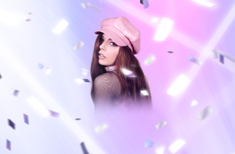 "Hannah Diamond Shares video for her New Single ""Hi"""