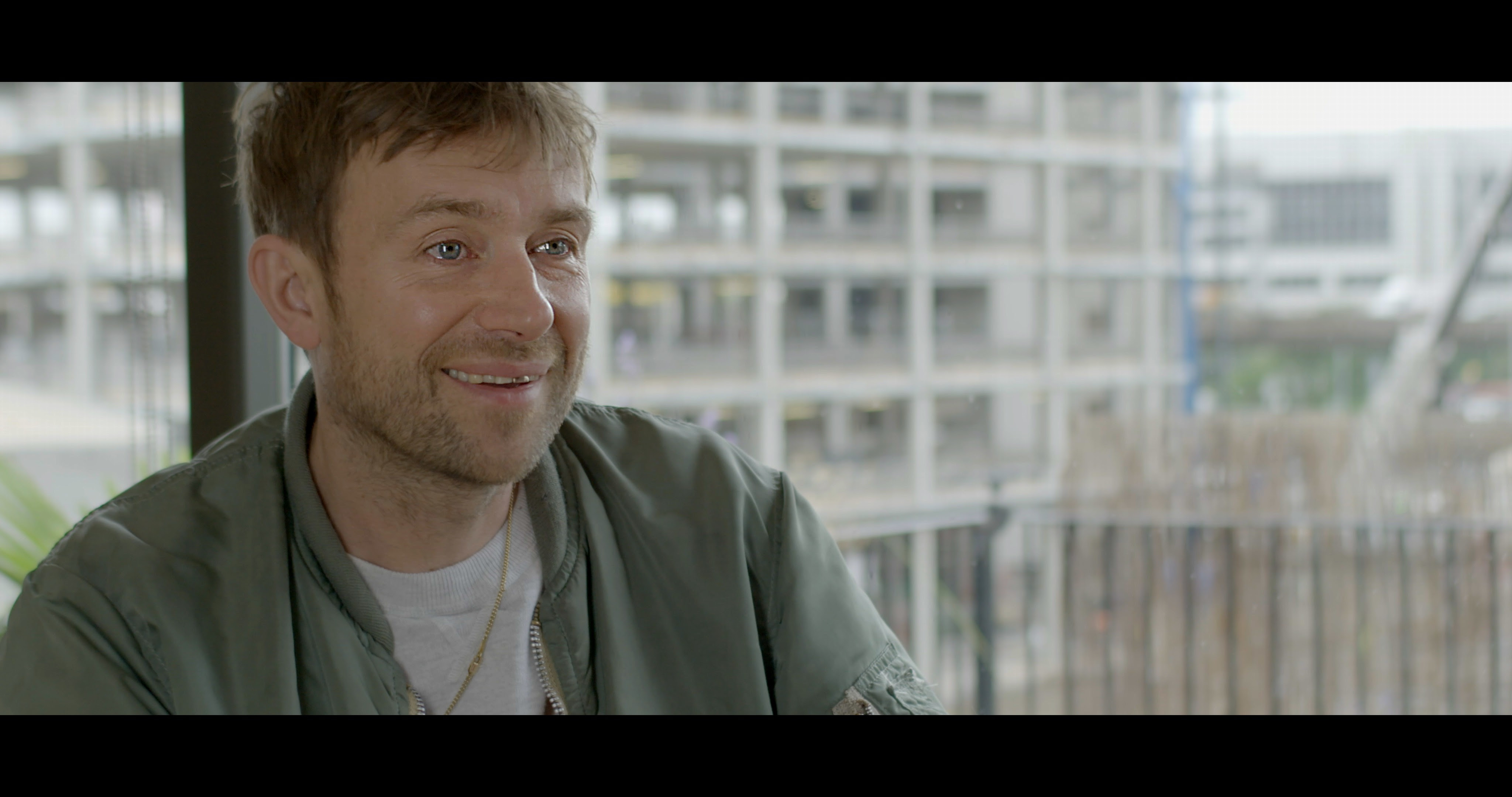 """Blur share clip from """"New World Towers"""" documentary, featuring intimate moments with behind the scenes and live performances"""