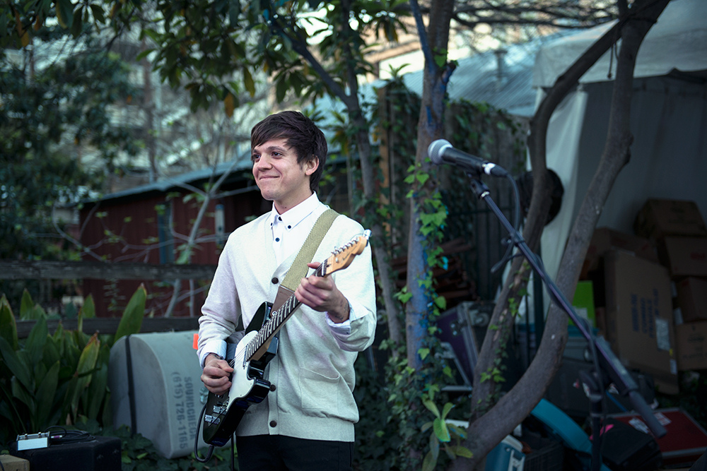 """""""Treason"""" by Thom Fekete (Surfer Blood) is Northern Transmissions' 'Song of the Day' t"""