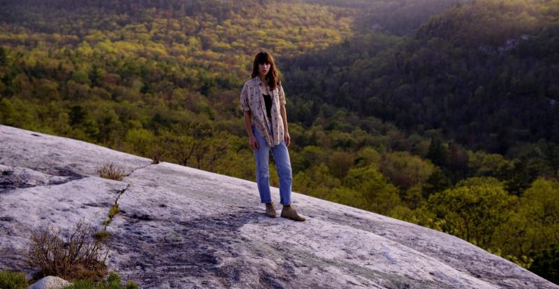 """Eleanor Friedberger releases """"Sweetest Girl video"""""""