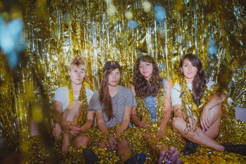 La Luz issue 'Damp Face' EP on vinyl, the album will be available May 13th via Hardly Art Records.