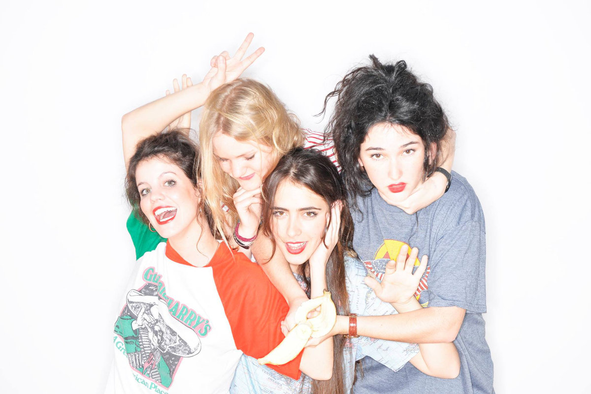 "Hinds release new video for ""Easy."""