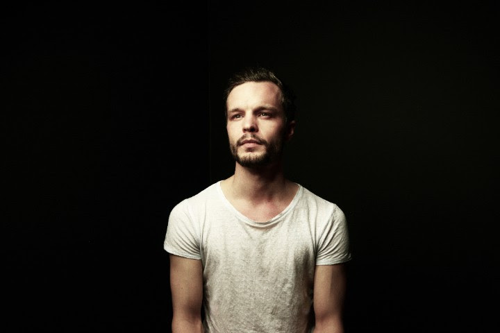 """The Tallest Man On Earth Shares New Single, """"Time of the Blue."""""""