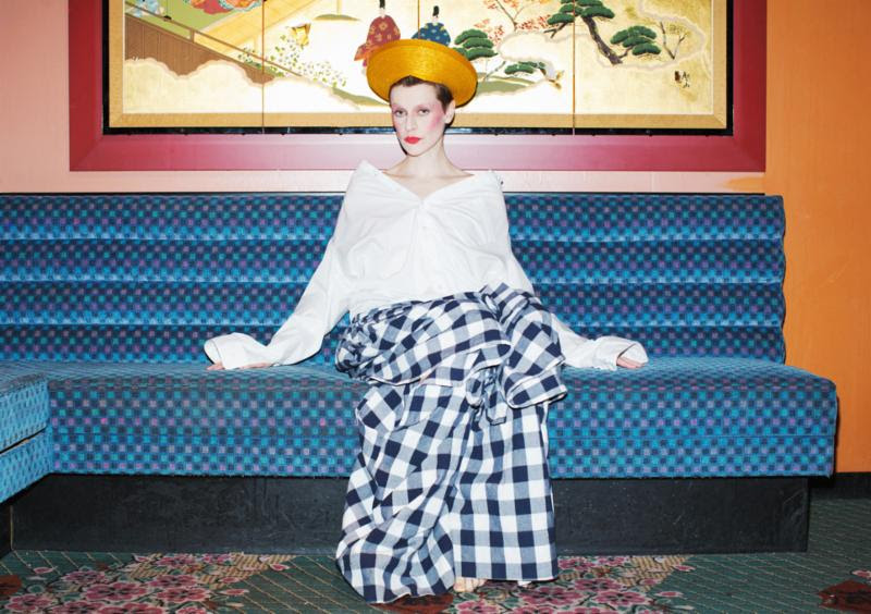 """Watch a new video from El Perro Del Mar for the single """"BREADANDBUTTER."""""""