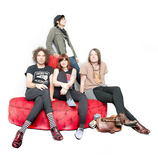 "The Dandy Warhols share Gerald Casale (DEVO) Remix Of ""Reverend Jim"""