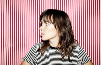 "Courtney Barnett releases the video for her new single ""Elevator Operator"""