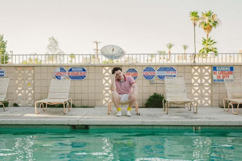 """Metronomy's Joe Mount has released a video for """"Night Owl,"""""""