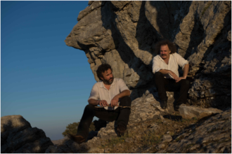 "Xylouris White Announce US Tour Dates Including Chicago and Detroit, share New Track ""Forging"""