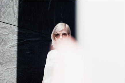 """Amber Arcades shares TVAM remix of """"Turning Light"""", on North American tour now with Nada Surf"""