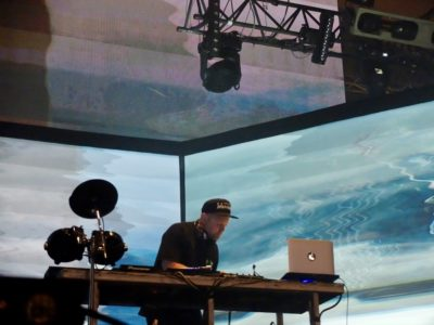 dj-shadow-live-pitchfork-music-festival-paris-2016