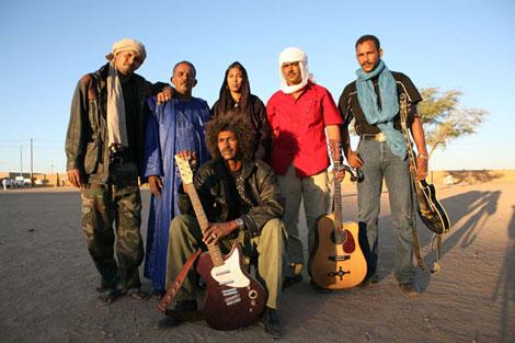"Tinariwen Announce New Album 'Elwan', share lead track ""Tenere Taqqal"""