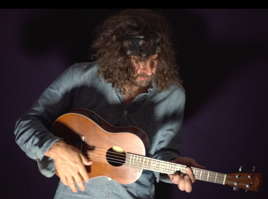 "Lou Barlow shares new single ""Anniversary Song"""