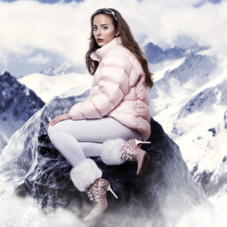 "Hannah Diamond shares new Christmas single ""Make Believe,"" 'Reflections' EP due out in 2017"