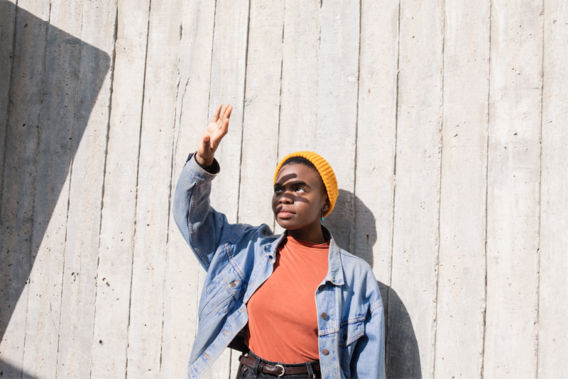 "Vagabon shares new single ""Minneapolis"""