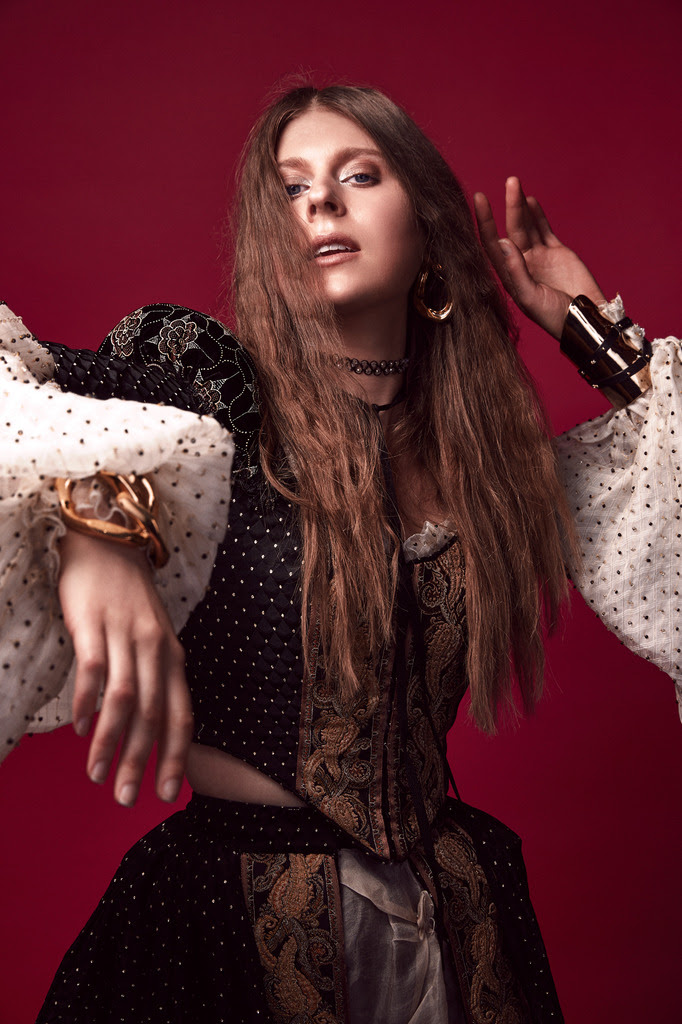 Lydia Ainsworth announces sophomore album 'Darling of the Afterglow'