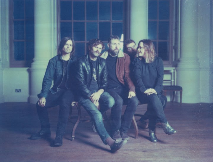 "Slowdive return with first new song in 22 years, ""Star Roving"""