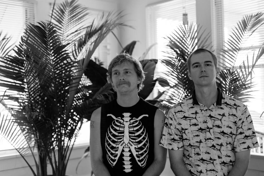 "Tonstartssbandht share new track ""Breathe"""