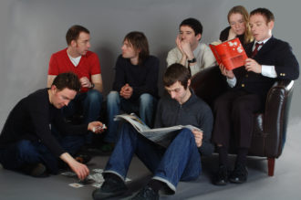 Belle & Sebastian announce new dates, stops include dates in Los Angeles and Chicago.