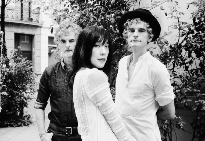 "Blonde Redhead releases new ""3 O'Clock"" EP"